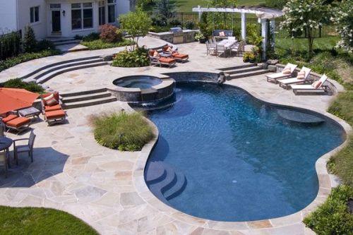 Sfaturi  pentru construirea unei piscine
