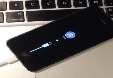 Cum poti sincroniza un dispozitiv iPhone la iTunes?