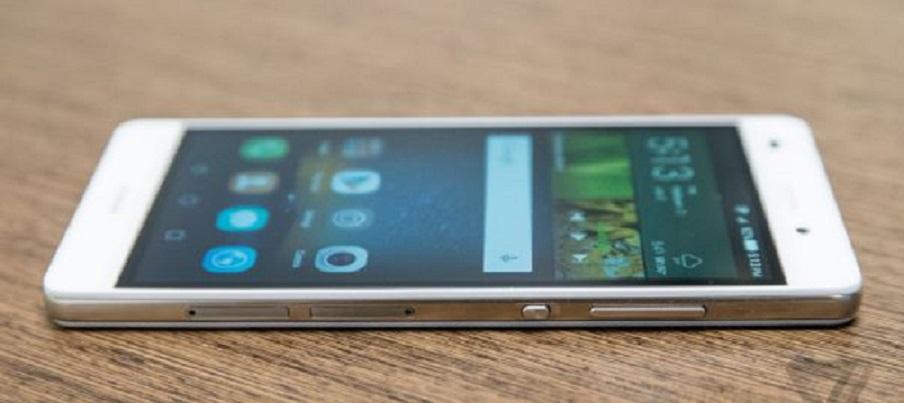 Cum face un service o inlocuire a touchscreen-ului si display-ului la Huawei?