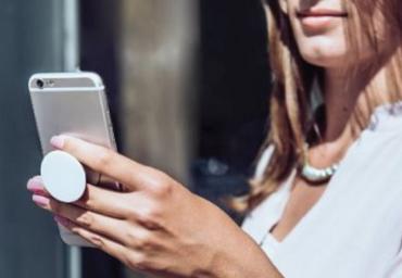 Cateva accesorii utile pentru un smartphone