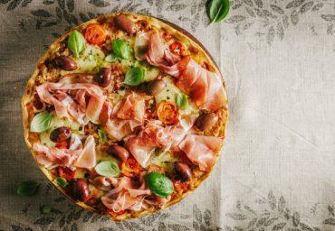 Sfaturi pentru a manca pizza corect