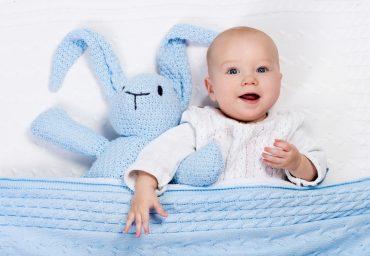 Cum poti alege cele mai frumoase cadouri pentru bebelusi si de ce sa tii cont?