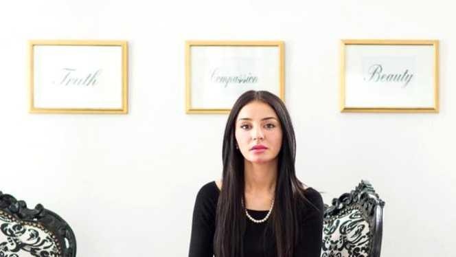 La ce varsta a fost diagnosticata cu SM Vanessa Youness Amal?