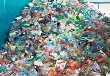 Dezavantajele folosirii excesive a plasticului